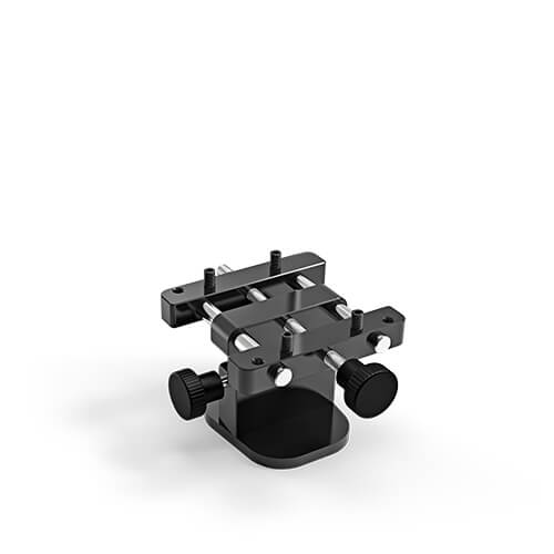 <h4>Model holder with screw</h4> <br> The model holder keeps models at an ideal distance from the scanner and can also be upgraded with the model fixator.